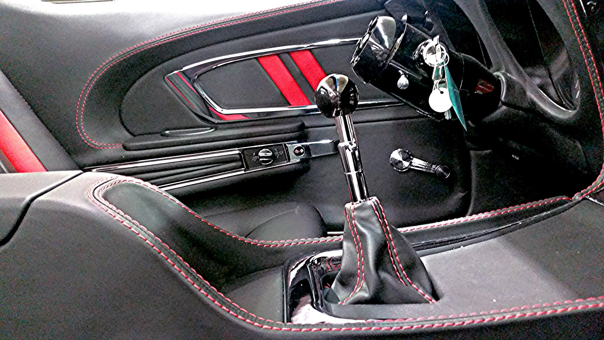 Pro auto custom interiors custom auto interiors for Custom automotive interior designs